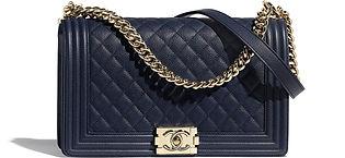 large-boy-chanel-handbag-navy-blue-grain
