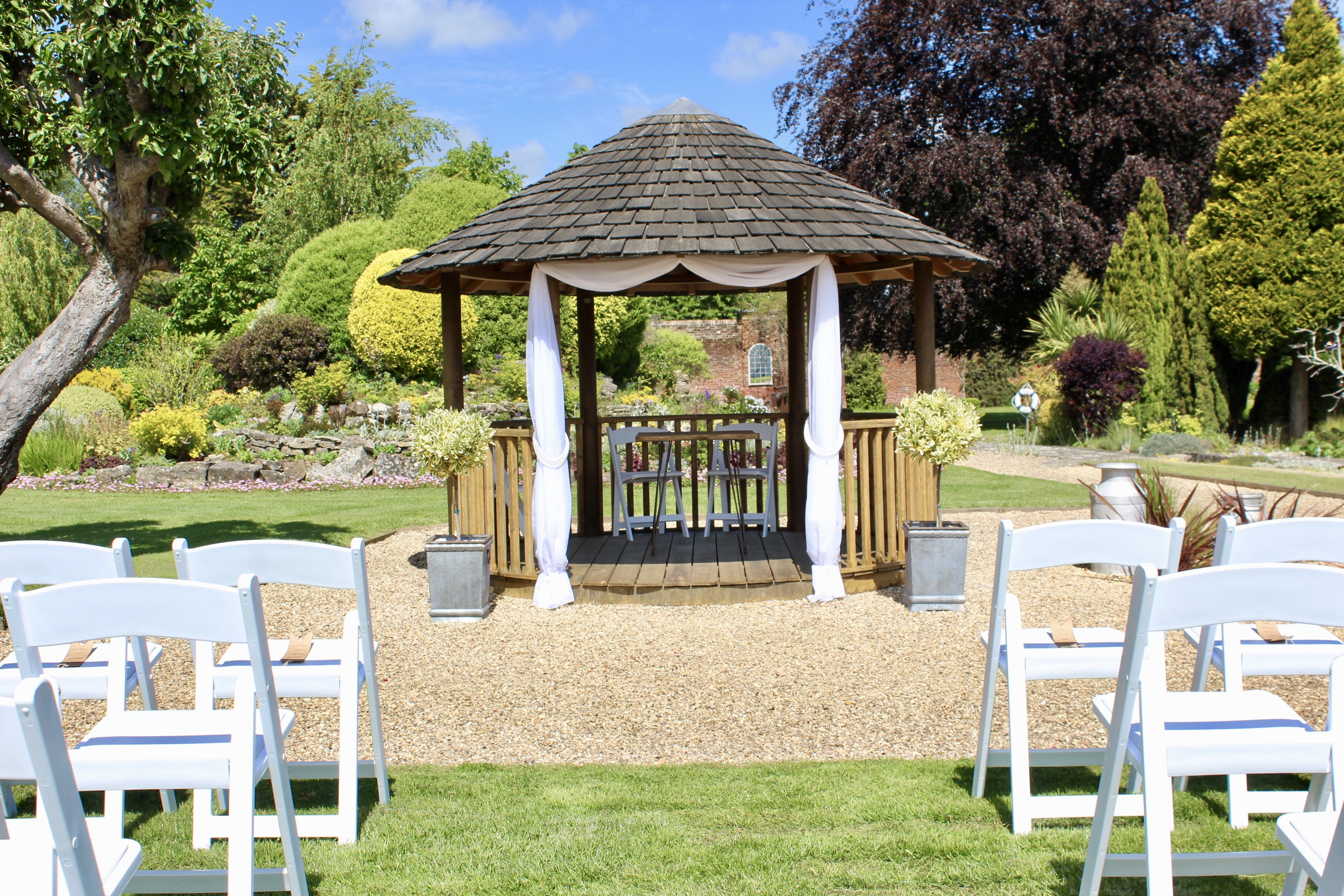 Licensed outdoor wedding venue