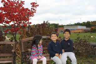 fall_colors_three_kids.JPG