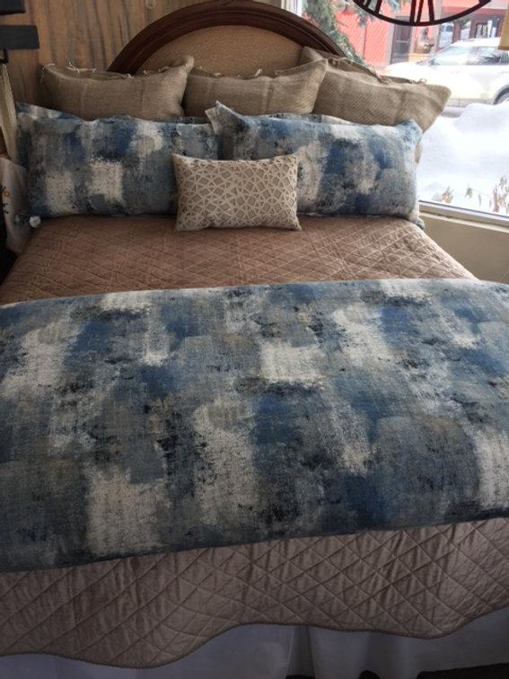 Custom Bedding Pontoon
