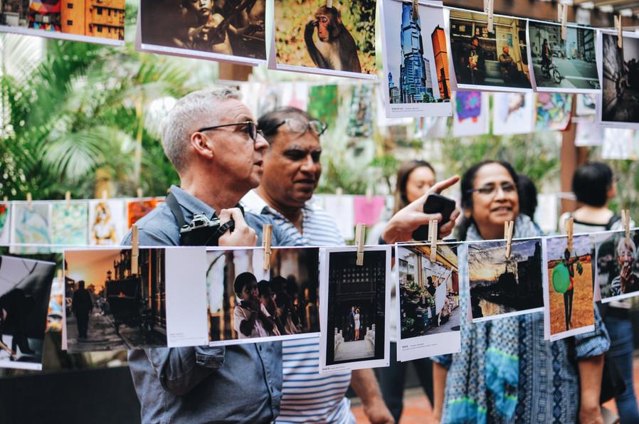 100 artist gallery event