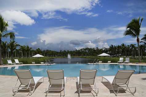 Palm Beach Motorcoach Resort - Pool Deck