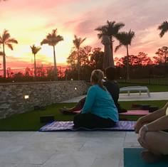 Palm Beach Motorcoach Resort - Sunset Yo