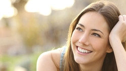 493839-smiling-girl