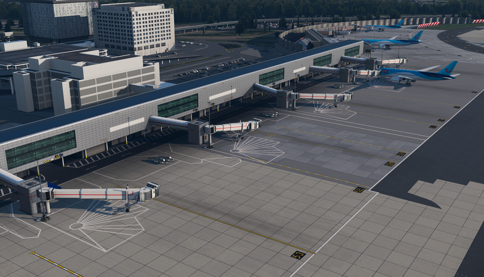 Gatwick (20 of 38).png