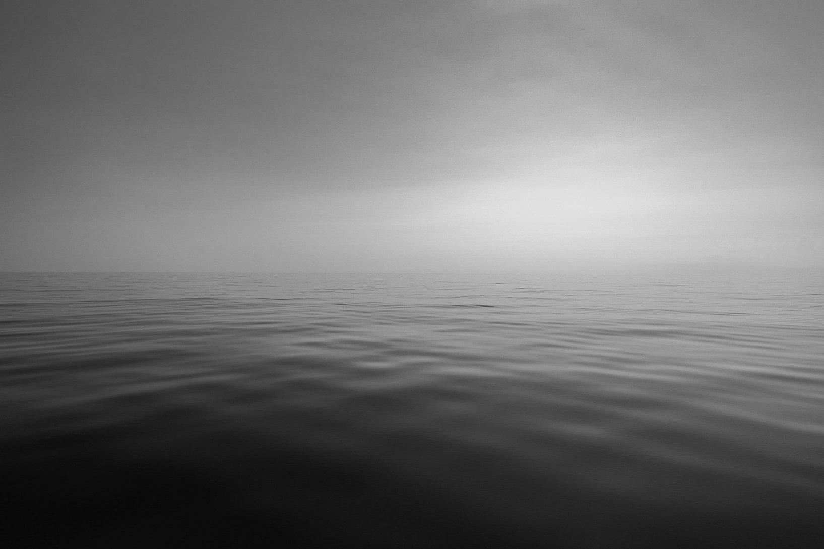 sea-3652697_1920_edited.jpg