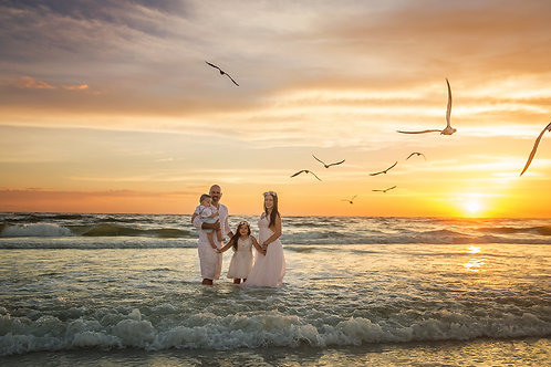 Flash Sale! Family or couples beach lifestyle sessions!