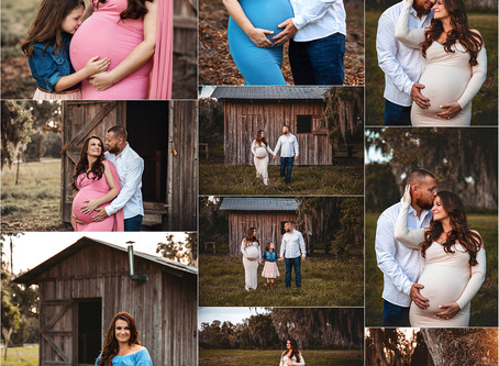 Rustic maternity photos in Tampa| Expecting Mom and family in front of barn