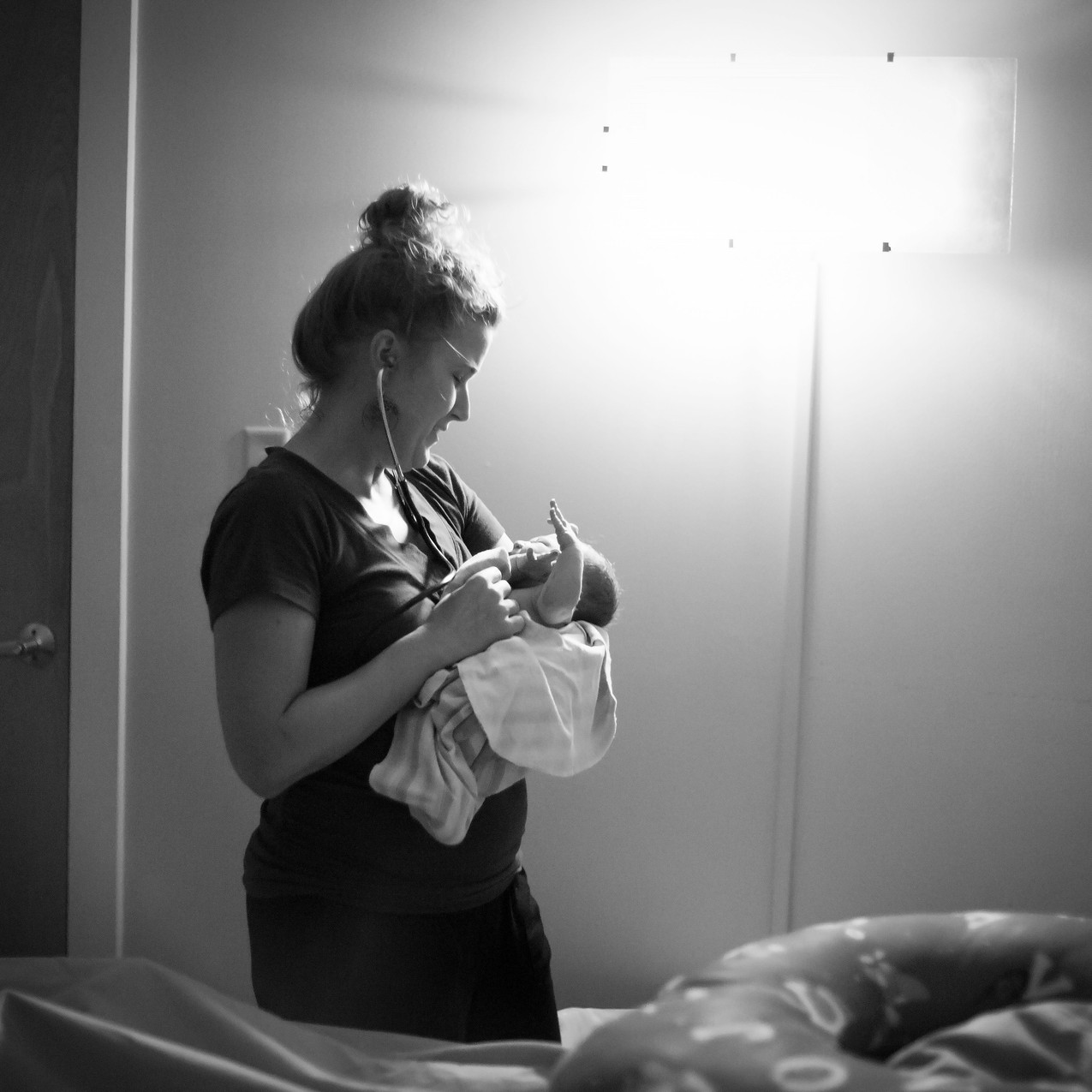 TampaBirthPhotographerLaborOfLoveBirthCenterLaborofLovebirthcenterTampaTampa Birth Photographer Tampa newborn Photographer in water birth Labor of love Lutz Fl_Jan252017_0283 copy
