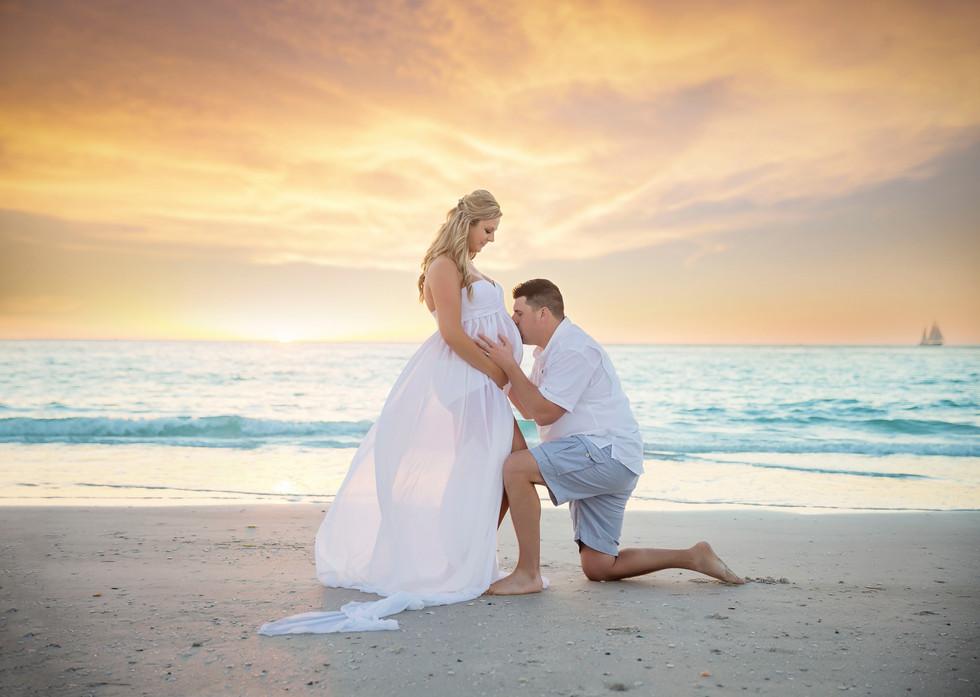 Lisa and Rick- Pregancy photos at the beach! Siesta Key #1 beach in Florida.