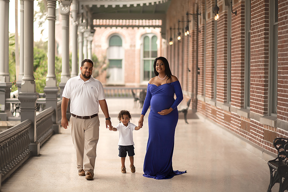 university of Tampa maternity session