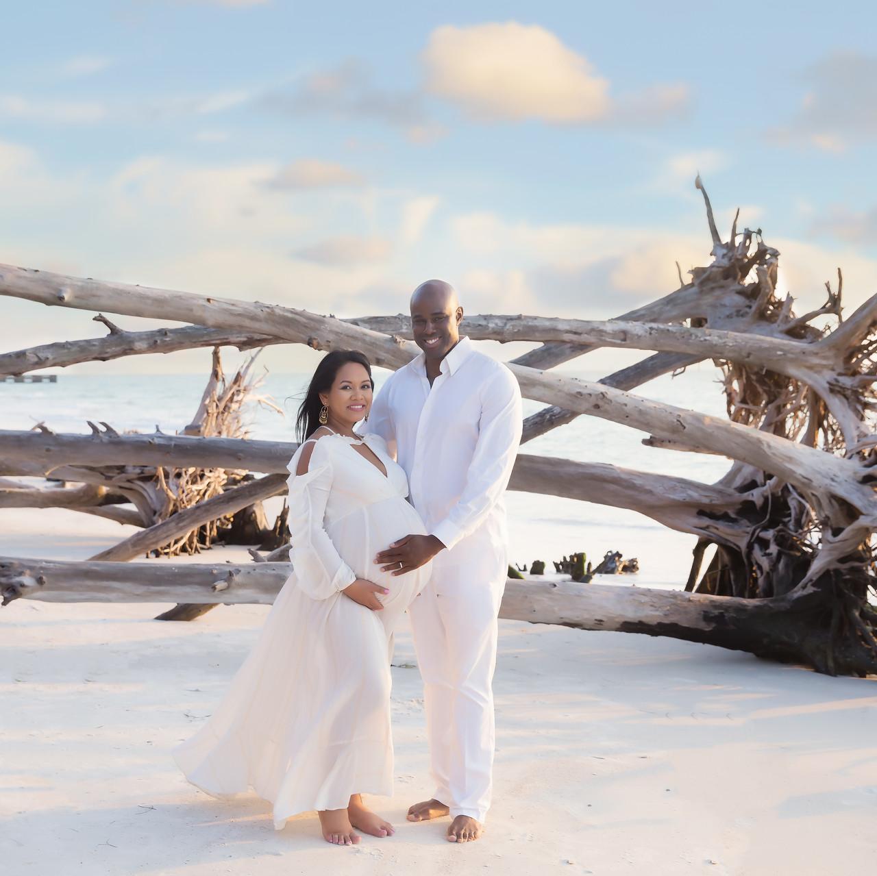 Anne-Maternity-Tampa Beach Photo