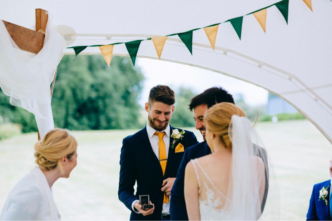 Relaxed Wedding Celebrations