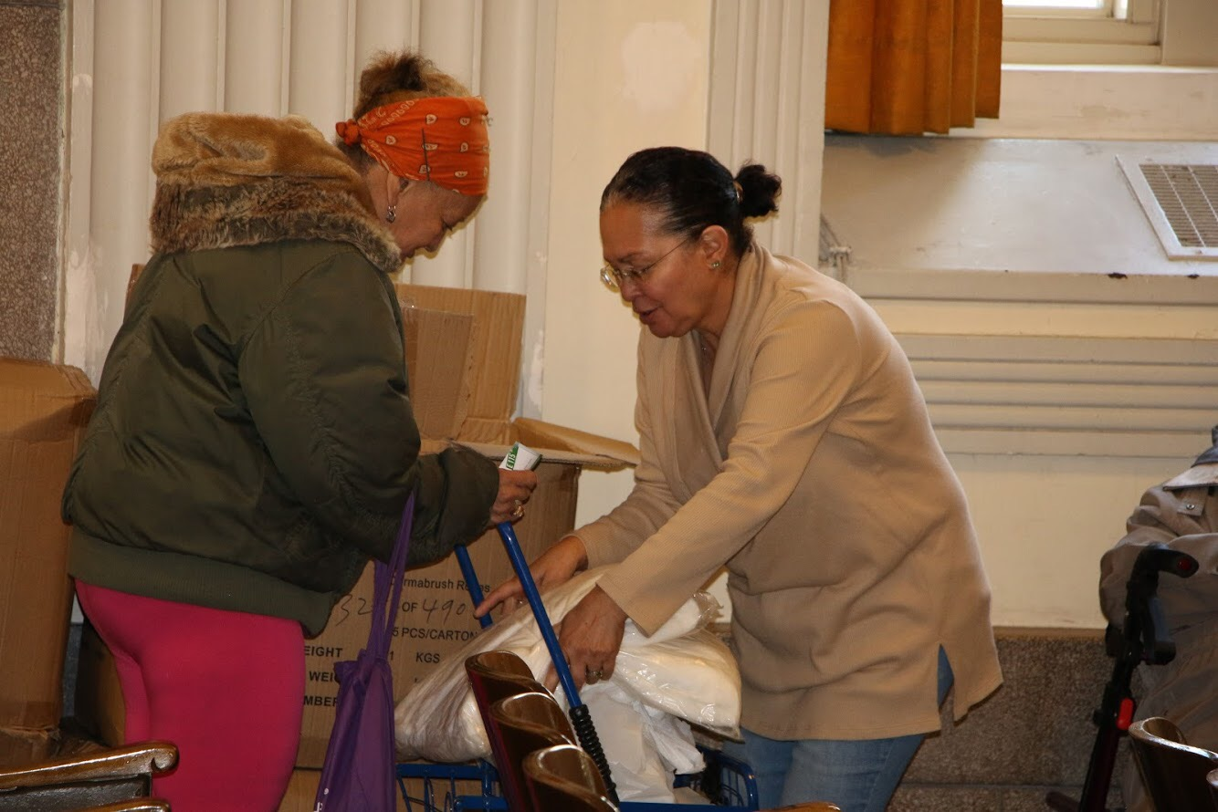 Thanksgiving 2017 Food distribution