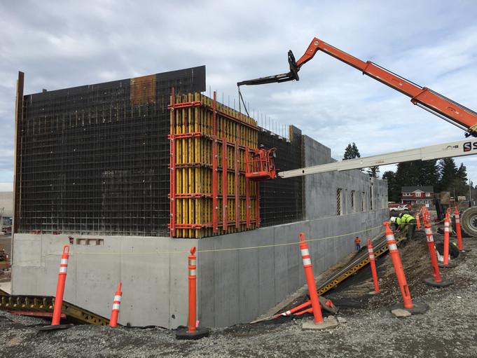"""Hockinson Middle School 300'x30'x12"""" Wall"""