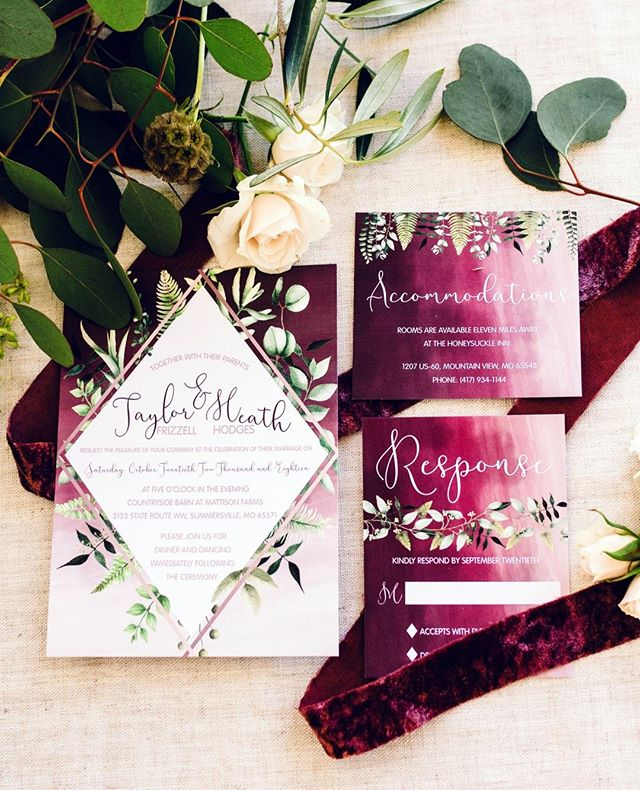 What your wedding invites could look lik
