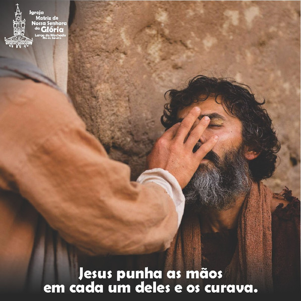 Jesus punha as mãos em cada um deles e os curava. (Lc 4,40)