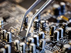 לשבור את החוקים | על תקפותם של חוקי חיזוי טכנולוגי