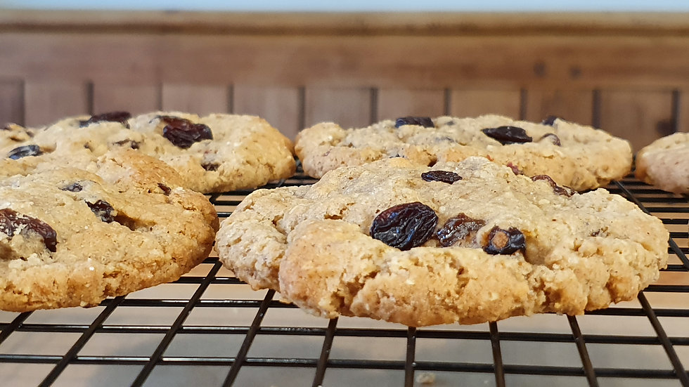 Oat and Raisin Cookie