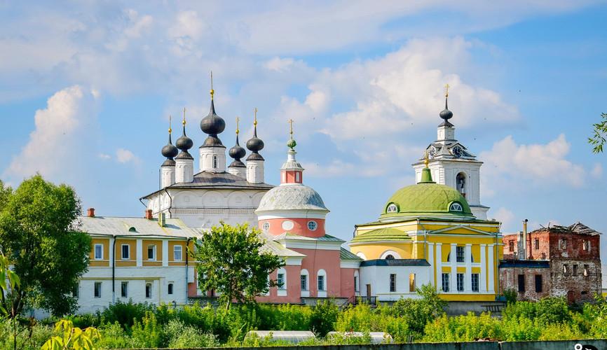 Троицкий Белопесоцкий монастырь, Кашира