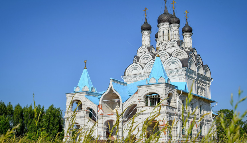 Православный храм XVII века в Тайнинском