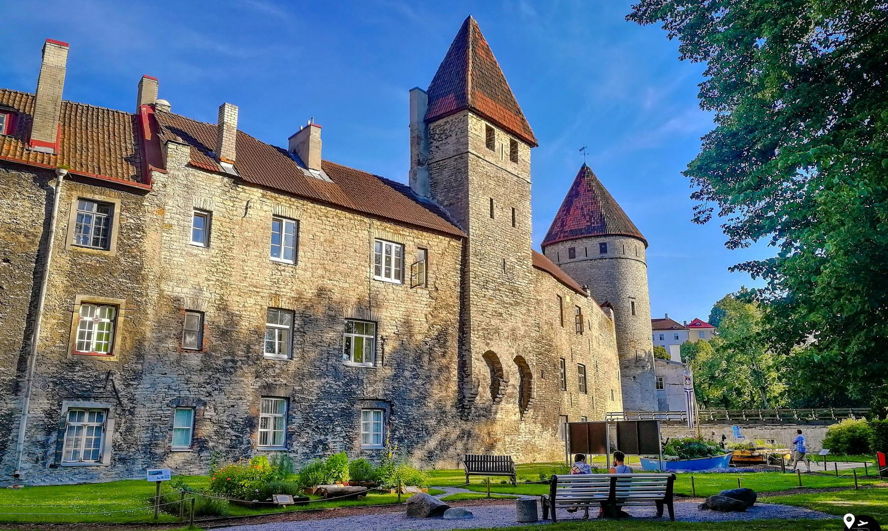 Стены и башни Таллина