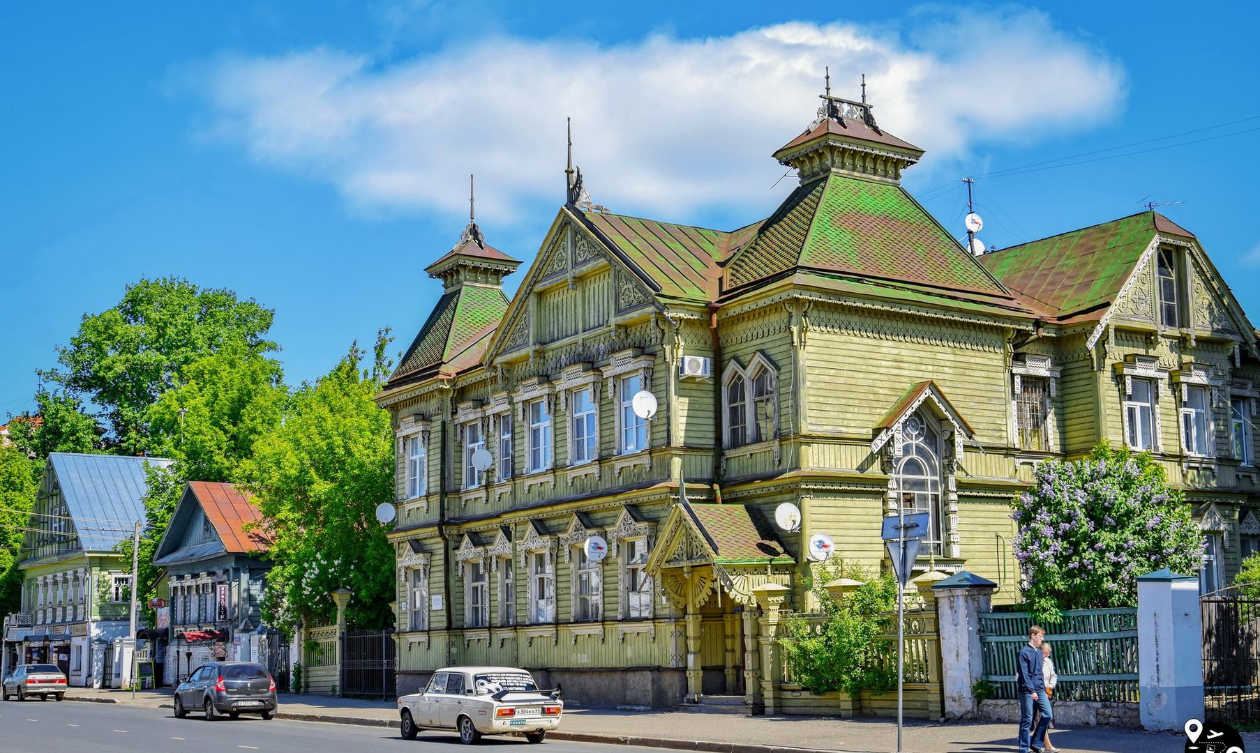 Старинные дома на улице Симановского, Кострома