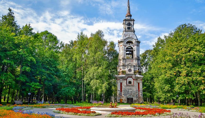 Колокольня в городском парке, Осташков