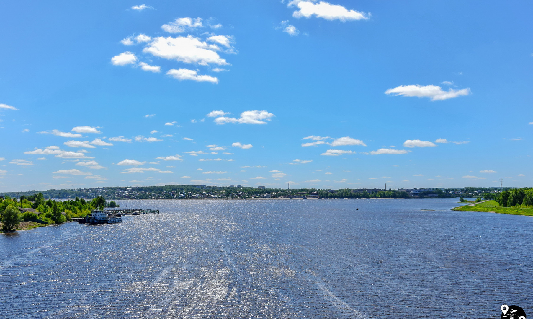 Arrow of the rivers Kostroma and Volga, Kostroma