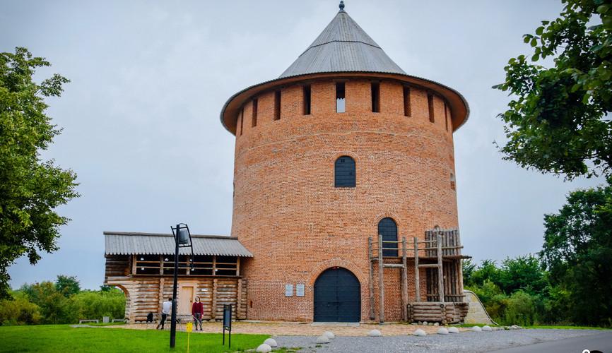 Белая башня, Великий Новгород