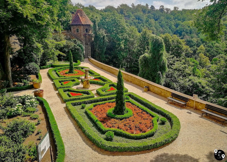 Сады в замке Ксёнж