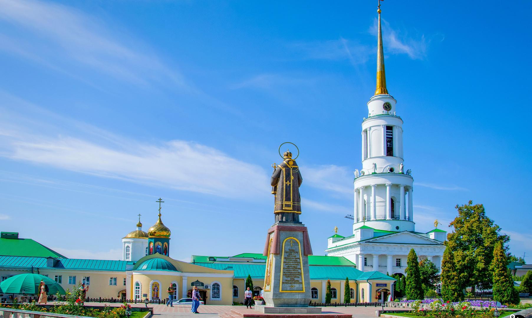 Задонский монастырь, Задонск