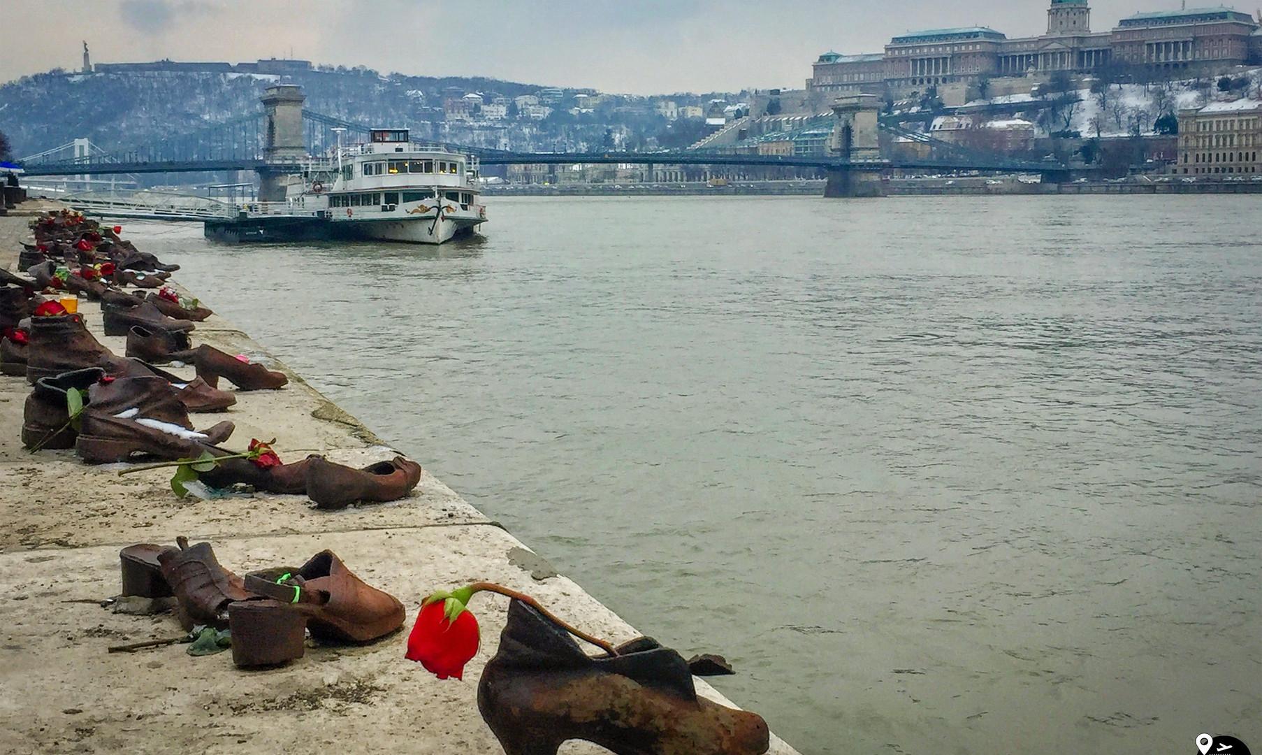 Туфли на набережной Дуная, Будапешт