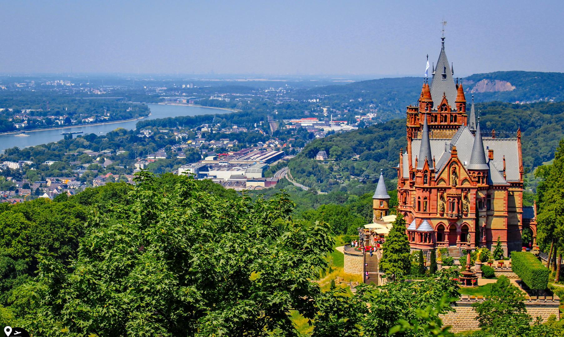 Панорама замка Драхенбург, Бонн
