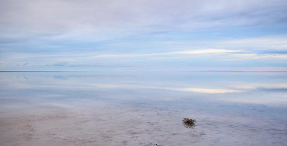 Солёное озеро Эльтон