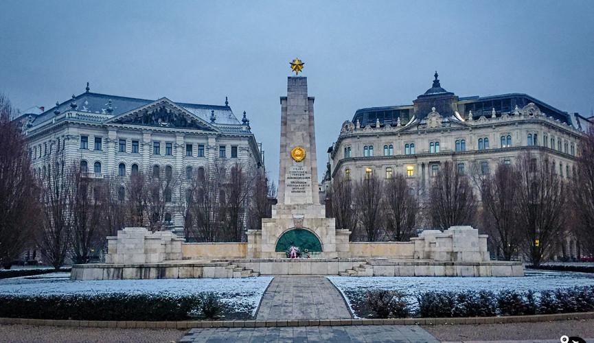 Памятник советским солдатам, Будапешт
