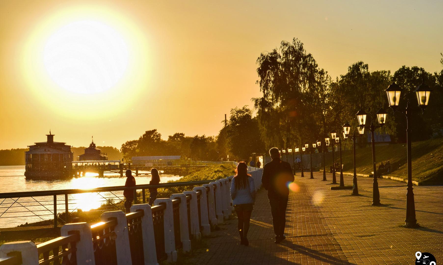 Volga embankment in Kostroma