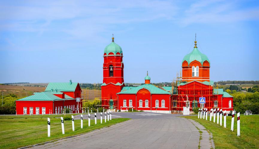 Храм Рождества Богородицы в Монастырщино