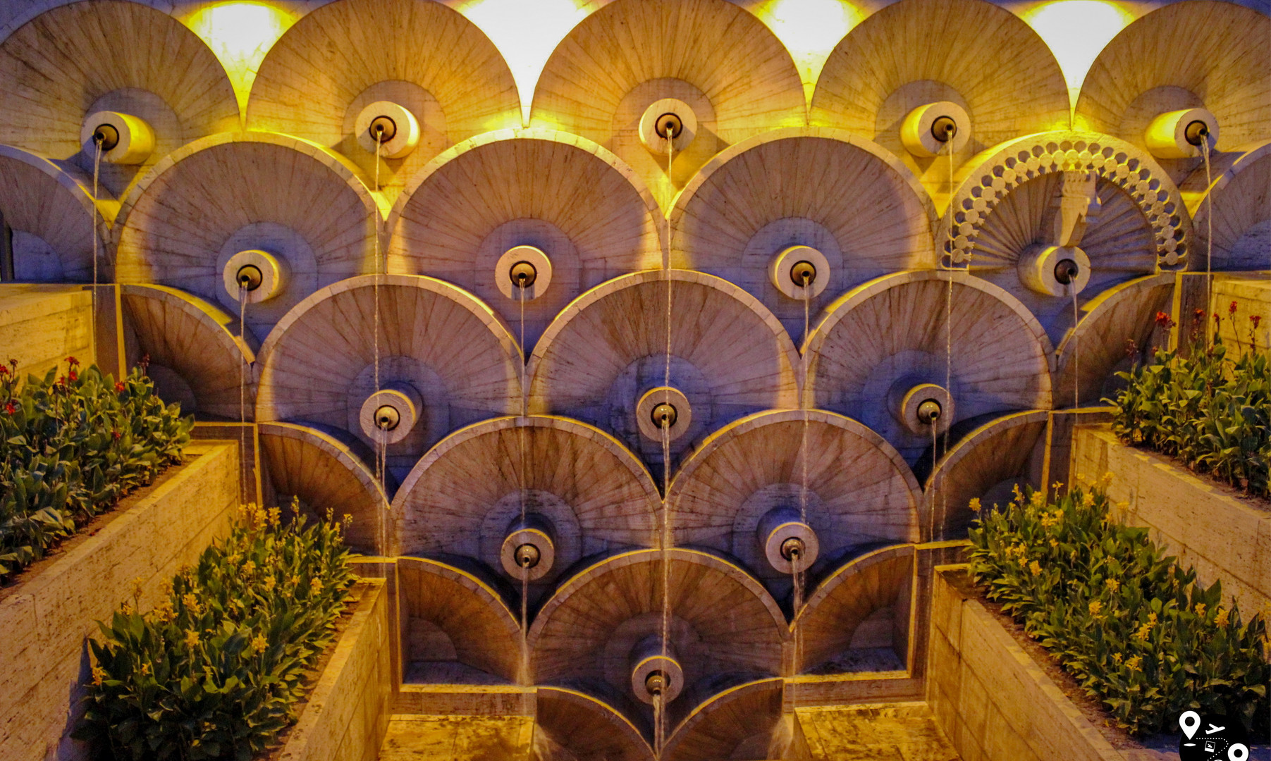 Фонтан Ереванского каскада
