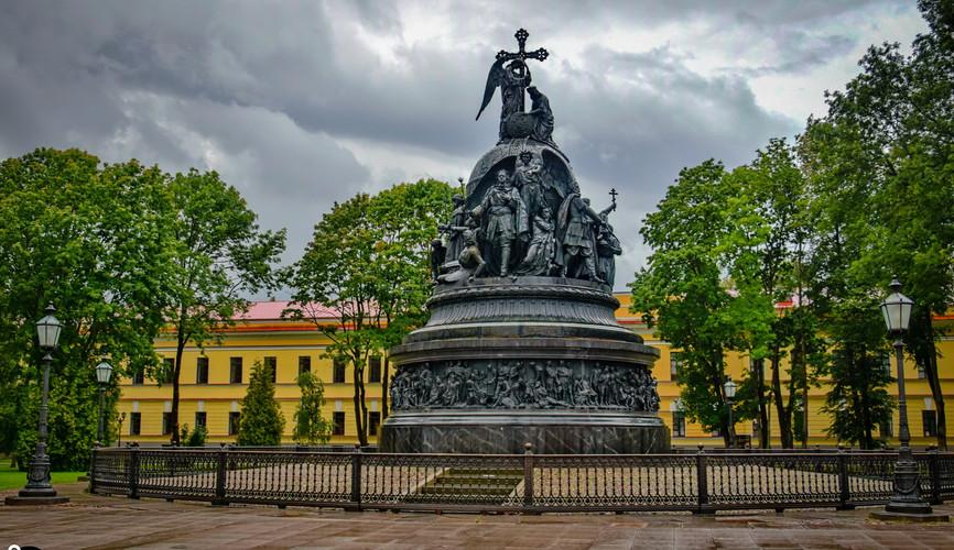 """Монумент """"Тысячелетие России"""", Великий Новгород"""