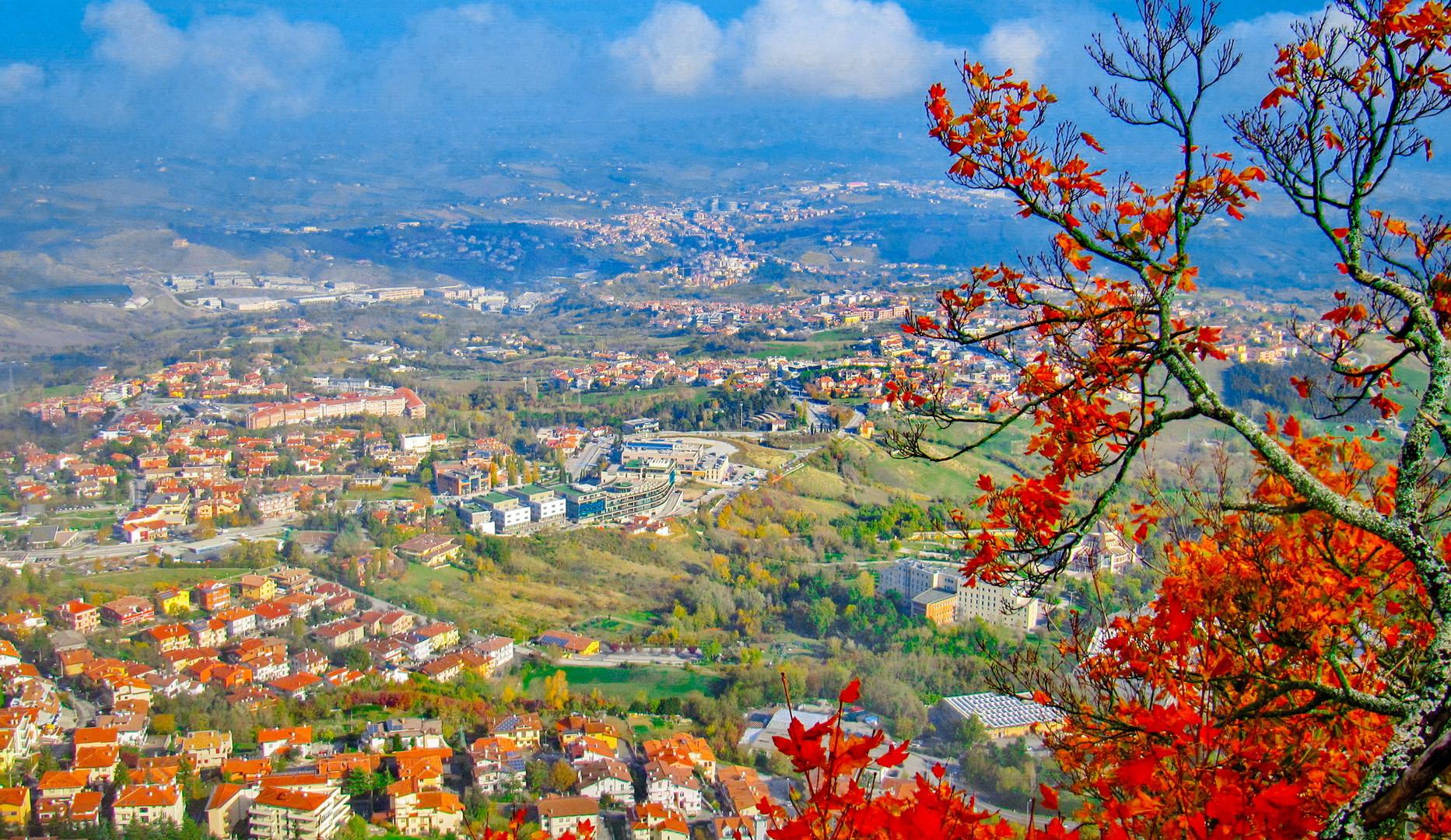 Панорама республики Сан-Марино