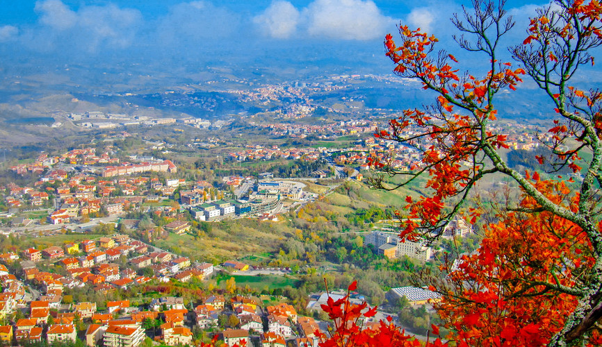 Панорама Сан-Марино с горы Монте Титано