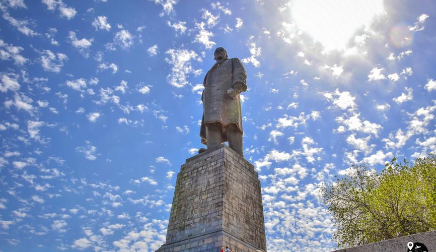Самый высокий памятник Ленину, Волгоград