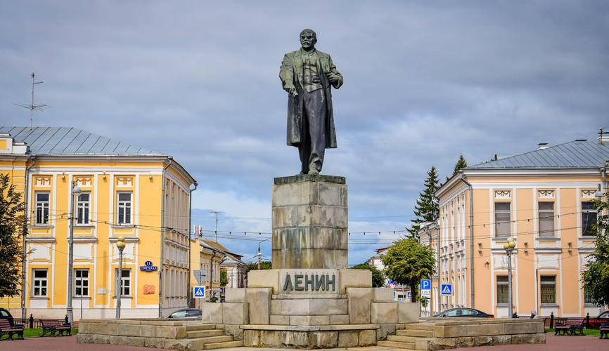 Площадь Ленина, Тверь