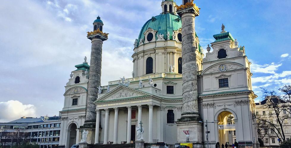 Церковь Карлскирхе, Вена