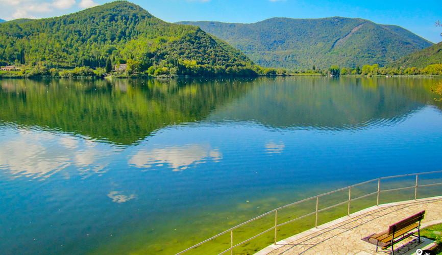 Озеро Пиедилуко, Терни