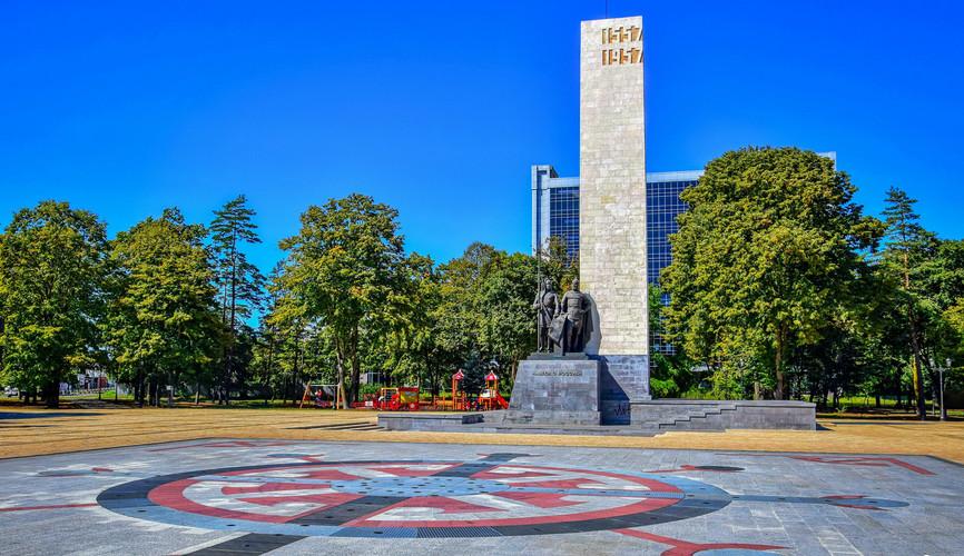 Площадь в центре Майкопа
