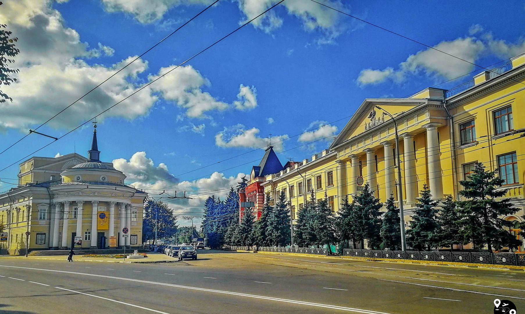 Площадь Карла Маркса, Орел