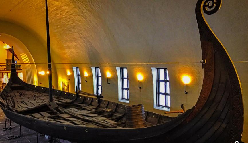 Ладья викингов, музей кораблей викингов в Осло