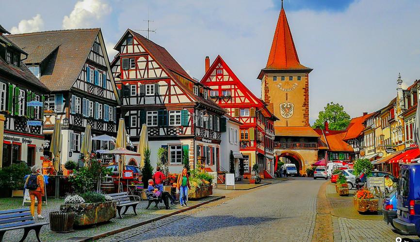 Центральная площадь, Генгенбах